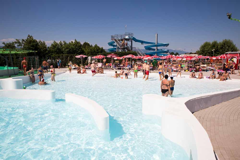 Treelab agency agenzia di comunicazione piscine conca for Conca verde piscine